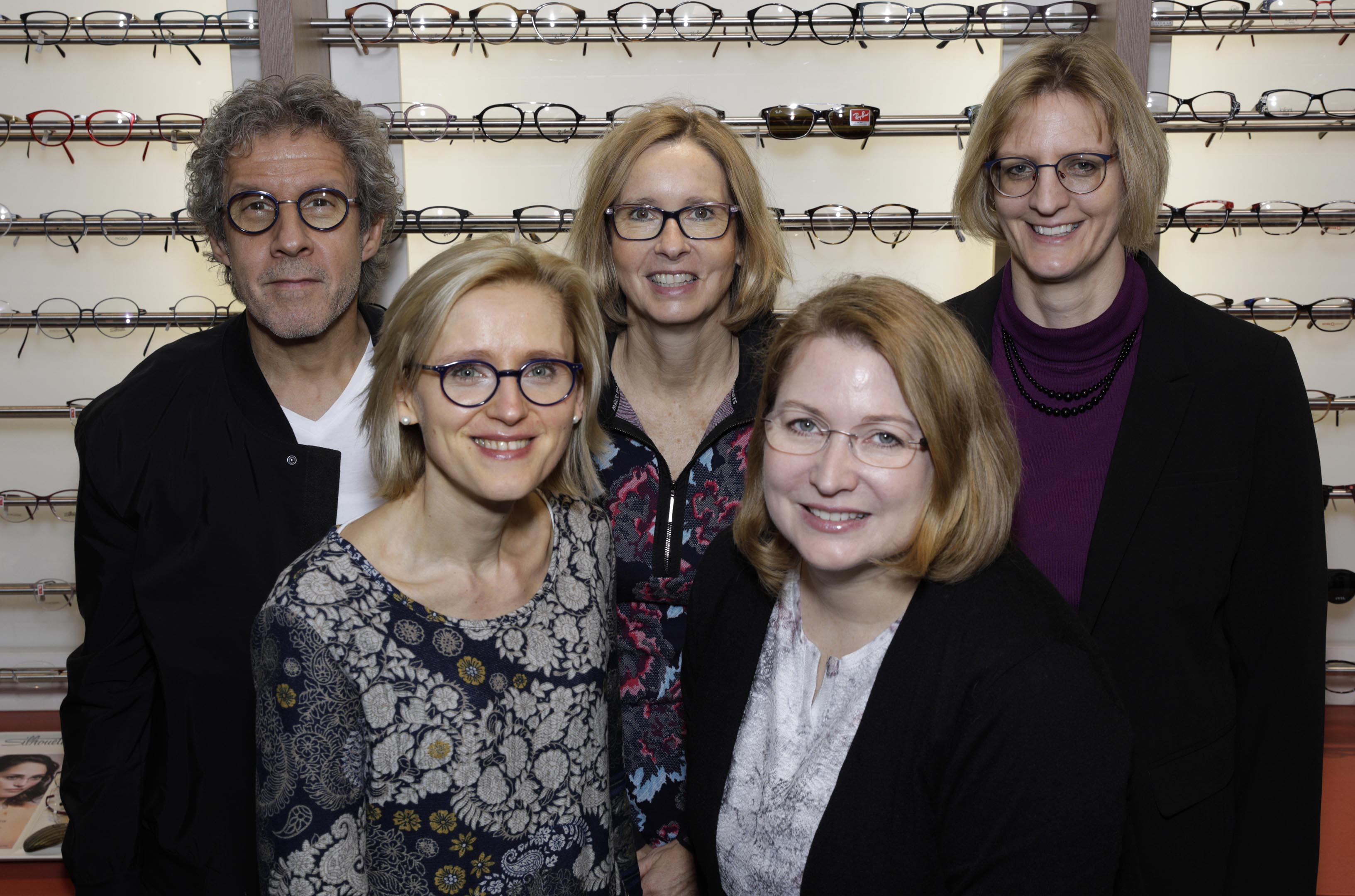 Teambild der Firma Optik Schnurr aus Pfungstadt.